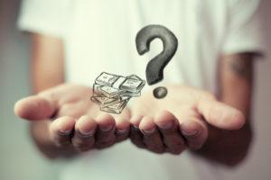 お金の疑問ペアネックレス