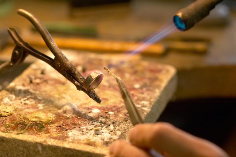 手作り結婚指輪とは?