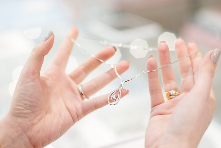 40代女性がネックレス選びで大切にしたいポイント