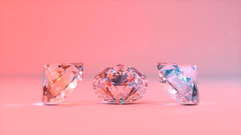 結婚指輪にもダイヤの輝きを重ねて…
