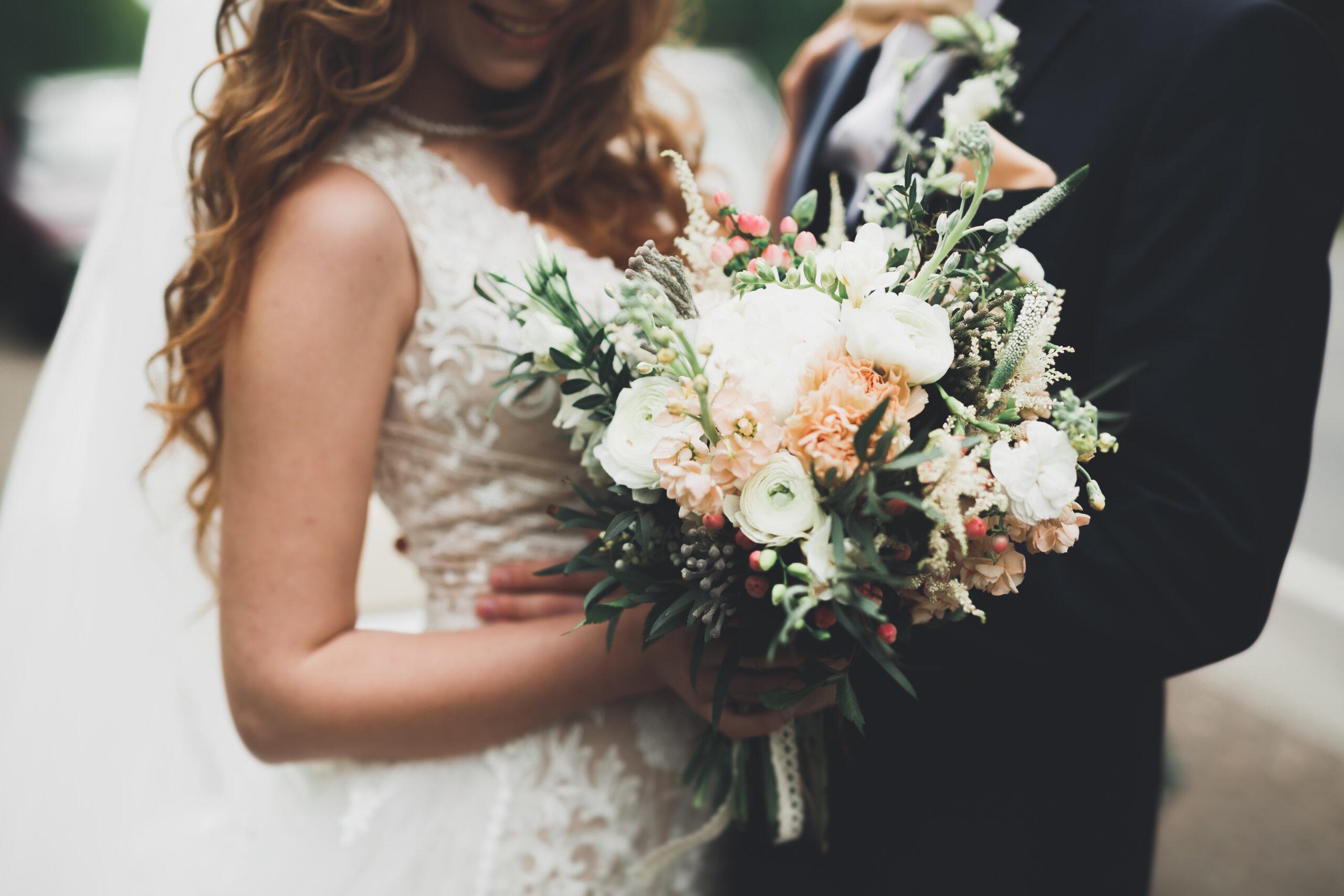 結婚指輪の選択肢が多彩に!シンプル+αを取り入れる 人気の素材やデザインをチェック